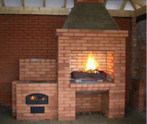 Как своими руками соорудить печь с мангалом в дачной беседке: обзор вариантов и пошаговая инструкция