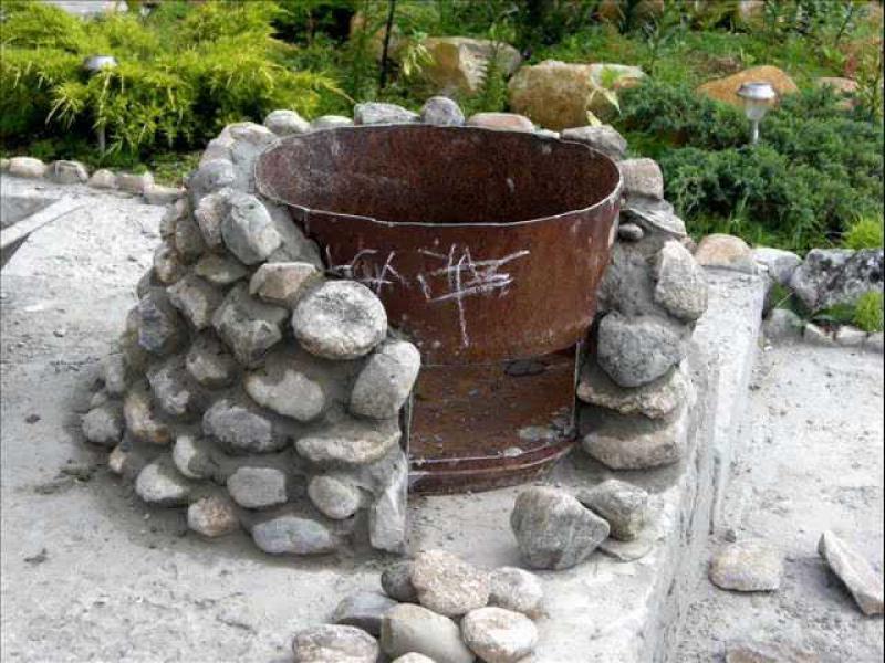 Мангалы из камня своими руками фото
