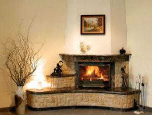 Повелители тепла и уюта - угловые камины