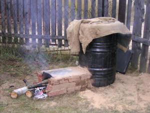 Конструктивные свойства дровяной коптильни для холодного копчения