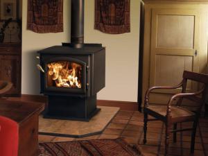 Печи на дровах длительного горения для дома: принцип действия печки, выбор и рекомендации по установке